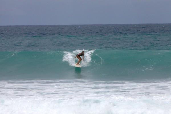 davina surfing PR