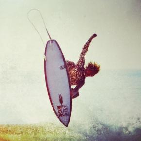 Happy Gone Surfing at Shifting Sand Surf House, Hossegor,France